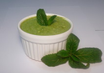 Mint and Yogurt Sauce